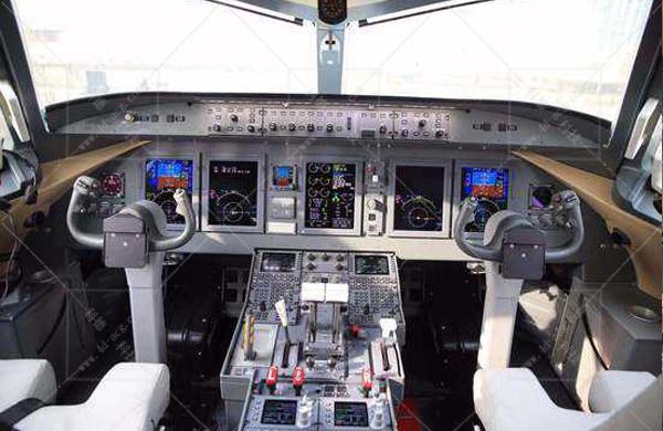 ARJ21综合训练器